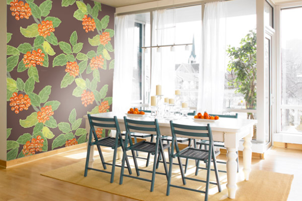 floral pattern mural in dining room